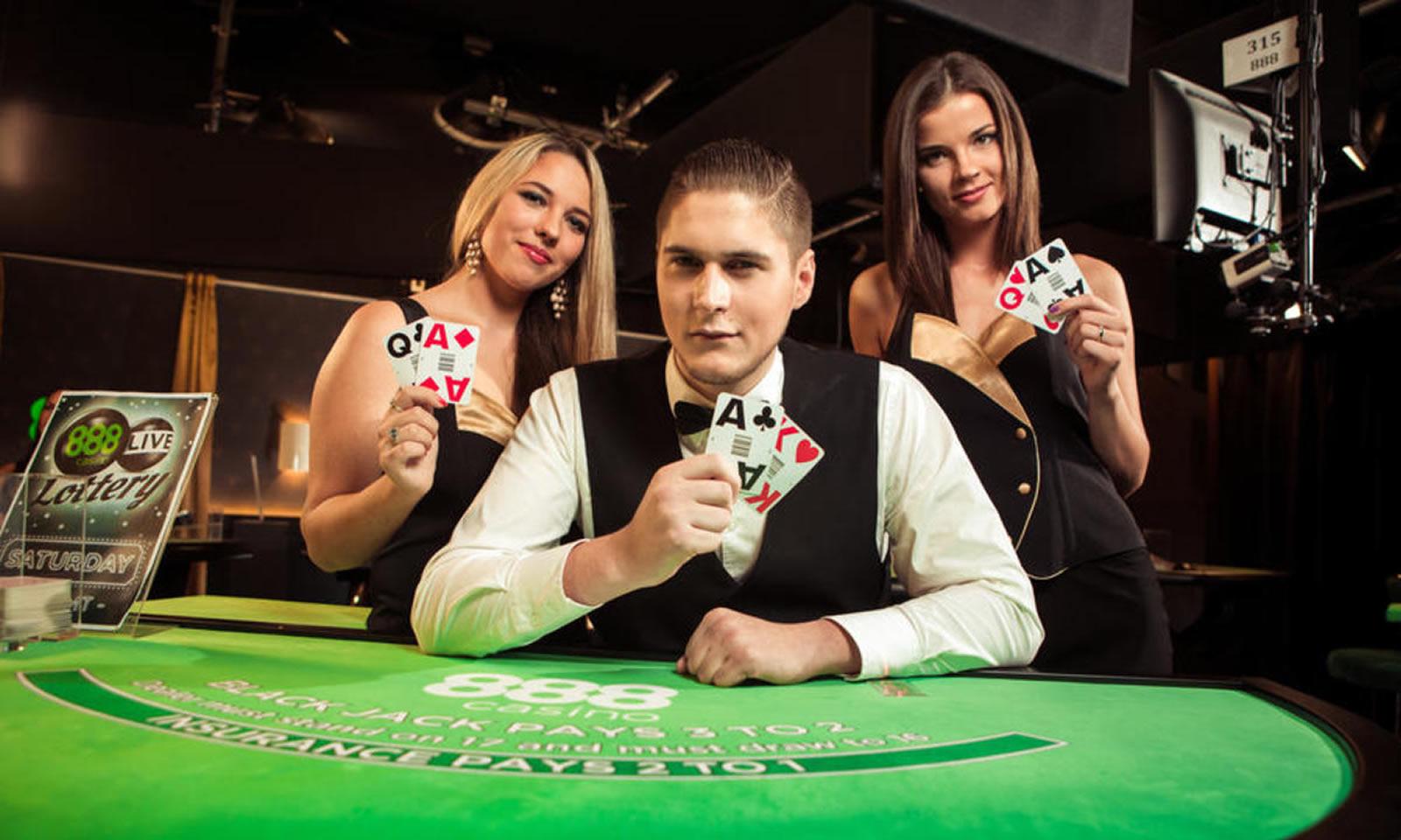 ¿Cómo jugar en el casino en vivo de 888casino.es?